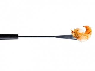 Foodfotografie: Gestyltes Foodprodukt an Gabel, zusätzlich freigestellt.